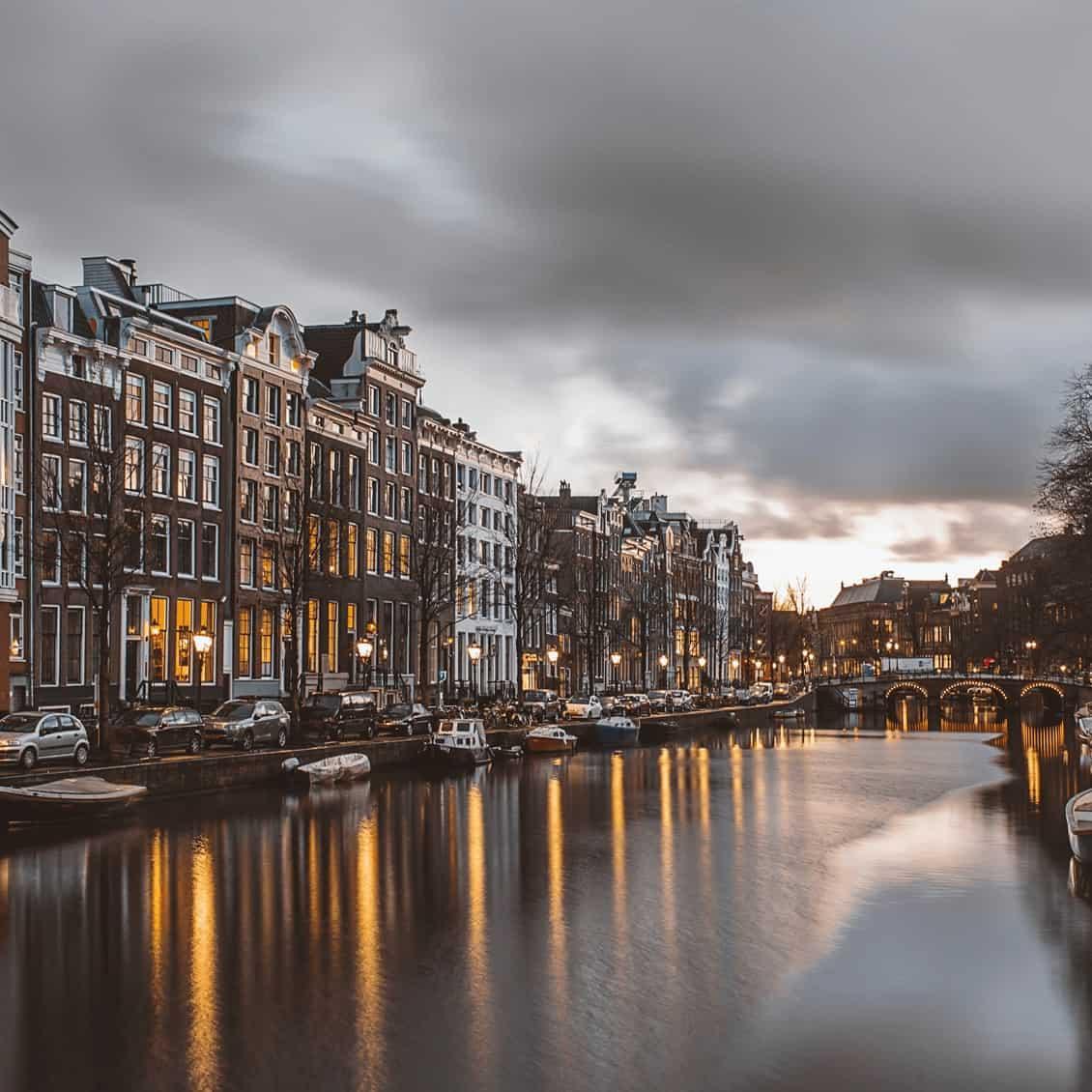 Belastingadviseur Amsterdam - Tax advisor Amsterdam